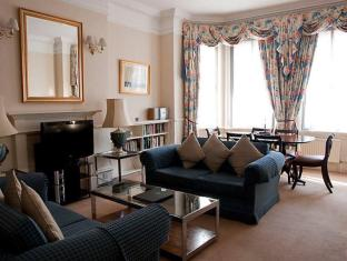 The Mansions at Earls Court 3 Bedroom Apartment 5
