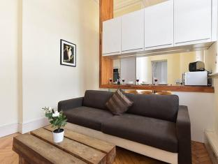 The Red House 2 Bedroom Apartment