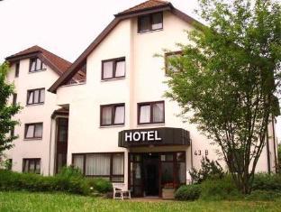 /nl-nl/hotel-flora-mohringen/hotel/stuttgart-de.html?asq=jGXBHFvRg5Z51Emf%2fbXG4w%3d%3d