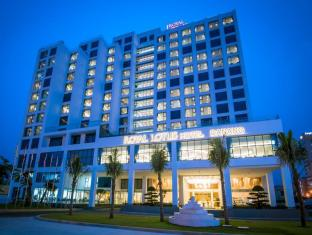 /lt-lt/royal-lotus-hotel-danang-by-h-k-hospitality/hotel/da-nang-vn.html?asq=jGXBHFvRg5Z51Emf%2fbXG4w%3d%3d