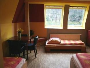 /el-gr/hostel-alex-30/hotel/stuttgart-de.html?asq=jGXBHFvRg5Z51Emf%2fbXG4w%3d%3d