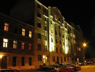 /es-es/guesthouse-jakob-lenz/hotel/riga-lv.html?asq=jGXBHFvRg5Z51Emf%2fbXG4w%3d%3d