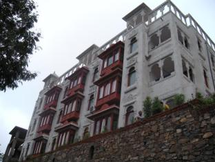 /ca-es/hotel-rajgarh/hotel/kumbhalgarh-in.html?asq=jGXBHFvRg5Z51Emf%2fbXG4w%3d%3d