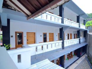 Blue Coral Inn Senggigi