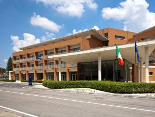 /ca-es/tulip-inn-naples-airport/hotel/gricignano-di-aversa-it.html?asq=jGXBHFvRg5Z51Emf%2fbXG4w%3d%3d