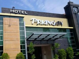 /de-de/hotel-priangan-cirebon/hotel/cirebon-id.html?asq=jGXBHFvRg5Z51Emf%2fbXG4w%3d%3d
