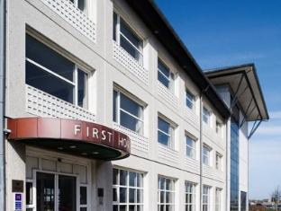 /nl-nl/first-hotel-aalborg/hotel/aalborg-dk.html?asq=jGXBHFvRg5Z51Emf%2fbXG4w%3d%3d