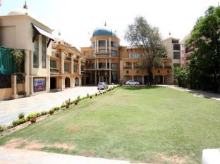 /da-dk/grand-heritage-narmada-jacksons/hotel/jabalpur-in.html?asq=jGXBHFvRg5Z51Emf%2fbXG4w%3d%3d