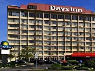 /ar-ae/days-inn-niagara-at-the-falls/hotel/niagara-falls-ny-us.html?asq=jGXBHFvRg5Z51Emf%2fbXG4w%3d%3d