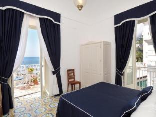 /el-gr/hotel-residence-amalfi/hotel/amalfi-it.html?asq=jGXBHFvRg5Z51Emf%2fbXG4w%3d%3d