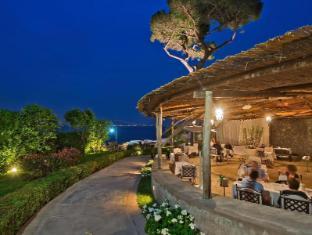/ms-my/villa-marina-capri-hotel-spa/hotel/capri-it.html?asq=jGXBHFvRg5Z51Emf%2fbXG4w%3d%3d