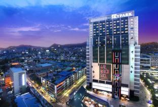 /tr-tr/hotel-skypark-kingstown-dongdaemun/hotel/seoul-kr.html?asq=jGXBHFvRg5Z51Emf%2fbXG4w%3d%3d