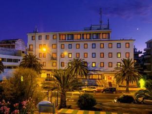 /pt-br/hotel-carlton/hotel/pescara-it.html?asq=jGXBHFvRg5Z51Emf%2fbXG4w%3d%3d