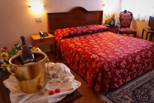 /es-es/hotel-florida/hotel/venice-it.html?asq=jGXBHFvRg5Z51Emf%2fbXG4w%3d%3d