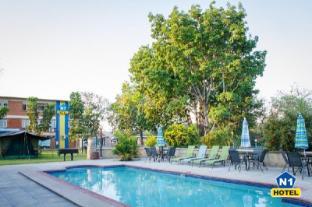 /de-de/n1-hotel-campsite-victoria-falls/hotel/victoria-falls-zw.html?asq=jGXBHFvRg5Z51Emf%2fbXG4w%3d%3d