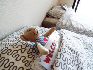 APX 1 Bedroom Apartment near Umeda-Osaka Station ES01