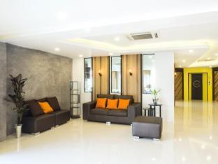 /cs-cz/the-circle-hotel_2/hotel/buriram-th.html?asq=jGXBHFvRg5Z51Emf%2fbXG4w%3d%3d
