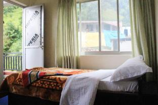 /cs-cz/puskar-guest-house/hotel/pokhara-np.html?asq=jGXBHFvRg5Z51Emf%2fbXG4w%3d%3d
