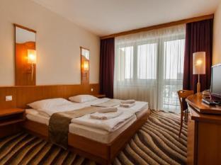 /fi-fi/premium-hotel-panorama-siofok/hotel/siofok-hu.html?asq=jGXBHFvRg5Z51Emf%2fbXG4w%3d%3d