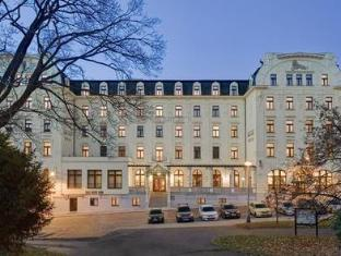 /vi-vn/clarion-grandhotel-zlaty-lev/hotel/liberec-cz.html?asq=jGXBHFvRg5Z51Emf%2fbXG4w%3d%3d