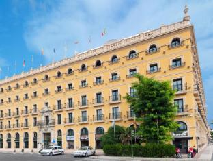 /de-de/tryp-sevilla-macarena-hotel/hotel/seville-es.html?asq=jGXBHFvRg5Z51Emf%2fbXG4w%3d%3d