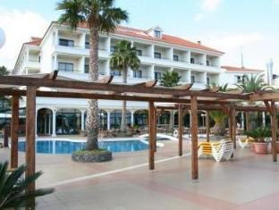 /en-au/galo-resort-hotel-galosol/hotel/madeira-island-pt.html?asq=jGXBHFvRg5Z51Emf%2fbXG4w%3d%3d