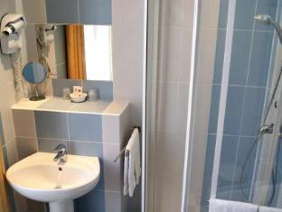 /es-es/grand-hotel-de-la-poste/hotel/salon-de-provence-fr.html?asq=jGXBHFvRg5Z51Emf%2fbXG4w%3d%3d