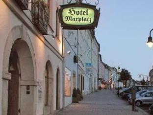 /cs-cz/hotel-am-maxplatz/hotel/hof-de.html?asq=jGXBHFvRg5Z51Emf%2fbXG4w%3d%3d