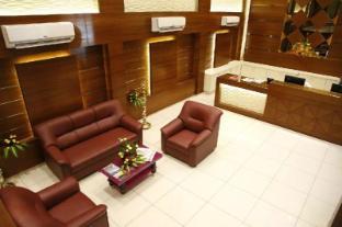 /ca-es/poppys-s-e-t-residency/hotel/kumbakonam-in.html?asq=jGXBHFvRg5Z51Emf%2fbXG4w%3d%3d