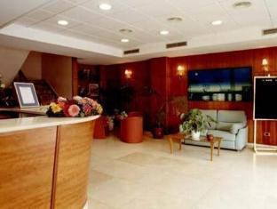 /vi-vn/dona-lola/hotel/castellon-de-la-plana-es.html?asq=jGXBHFvRg5Z51Emf%2fbXG4w%3d%3d