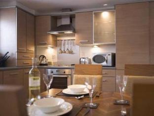 /hi-in/premier-suites-newcastle/hotel/newcastle-upon-tyne-gb.html?asq=jGXBHFvRg5Z51Emf%2fbXG4w%3d%3d