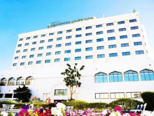 /cs-cz/hotel-muscat-holiday/hotel/muscat-om.html?asq=jGXBHFvRg5Z51Emf%2fbXG4w%3d%3d
