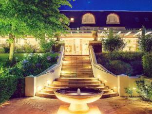 /de-de/le-franschhoek-hotel-and-spa/hotel/franschhoek-za.html?asq=jGXBHFvRg5Z51Emf%2fbXG4w%3d%3d