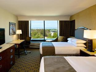 DoubleTree by Hilton Los Angeles Westside Hotel