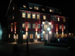 /cs-cz/gasthaus-traube/hotel/dettingen-an-der-erms-de.html?asq=jGXBHFvRg5Z51Emf%2fbXG4w%3d%3d