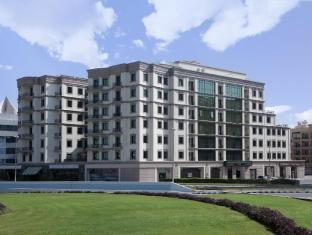 /ms-my/al-waleed-palace-hotel-apartments-bur-dubai/hotel/dubai-ae.html?asq=jGXBHFvRg5Z51Emf%2fbXG4w%3d%3d