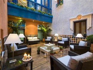/cs-cz/suites-gran-via-44/hotel/granada-es.html?asq=jGXBHFvRg5Z51Emf%2fbXG4w%3d%3d