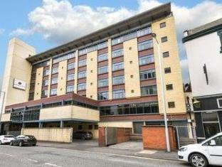 /ca-es/ramada-nottingham-city-centre/hotel/nottingham-gb.html?asq=jGXBHFvRg5Z51Emf%2fbXG4w%3d%3d