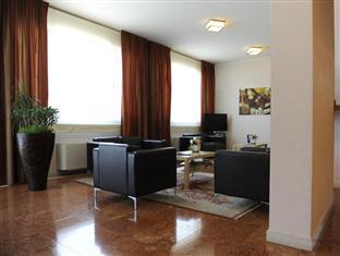 /el-gr/hotel-vittoria/hotel/rubano-it.html?asq=jGXBHFvRg5Z51Emf%2fbXG4w%3d%3d