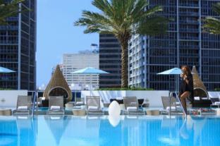 /sl-si/kimpton-epic-hotel/hotel/miami-fl-us.html?asq=jGXBHFvRg5Z51Emf%2fbXG4w%3d%3d