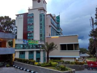 /ca-es/grand-royal-denai-hotel/hotel/bukittinggi-id.html?asq=jGXBHFvRg5Z51Emf%2fbXG4w%3d%3d