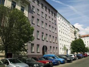 Raja Jooseppi Apartments