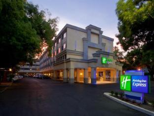 /ca-es/holiday-inn-express-sacramento-convention-center/hotel/sacramento-ca-us.html?asq=jGXBHFvRg5Z51Emf%2fbXG4w%3d%3d