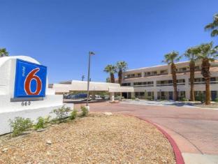 /da-dk/motel-6-palm-springs-downtown/hotel/palm-springs-ca-us.html?asq=jGXBHFvRg5Z51Emf%2fbXG4w%3d%3d