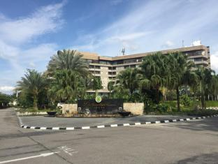 /ca-es/labersa-grand-hotel-convention-center/hotel/pekanbaru-id.html?asq=jGXBHFvRg5Z51Emf%2fbXG4w%3d%3d