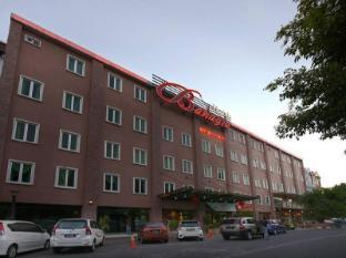 /ca-es/bahagia-hotel-langkawi/hotel/langkawi-my.html?asq=jGXBHFvRg5Z51Emf%2fbXG4w%3d%3d
