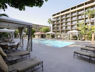 /bg-bg/howard-johnson-inn-fullerton-hotel-and-conference-center/hotel/fullerton-ca-us.html?asq=jGXBHFvRg5Z51Emf%2fbXG4w%3d%3d