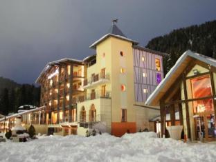 /ko-kr/design-oberosler-hotel/hotel/madonna-di-campiglio-it.html?asq=jGXBHFvRg5Z51Emf%2fbXG4w%3d%3d