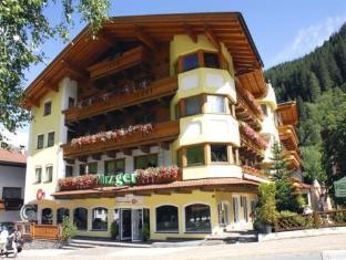/vi-vn/hotel-pinzger/hotel/hintertux-glacier-at.html?asq=jGXBHFvRg5Z51Emf%2fbXG4w%3d%3d