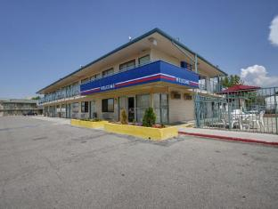 /cs-cz/motel-6-salt-lake-city-west-airport/hotel/salt-lake-city-ut-us.html?asq=jGXBHFvRg5Z51Emf%2fbXG4w%3d%3d